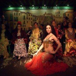 bailaoras-tablao-flamenco-albayzin
